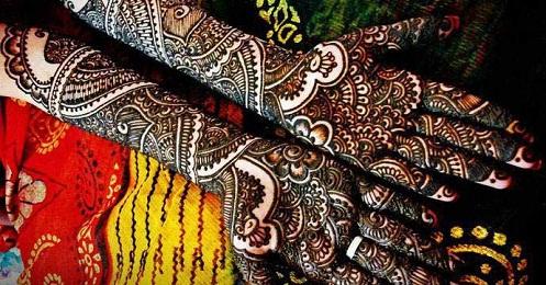 Heena Marathi Mehndi Design in Black