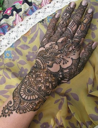 Forearm Marathi Mehndi Designs