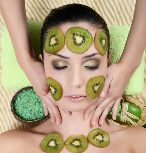 Kiwi Fruit face PAck