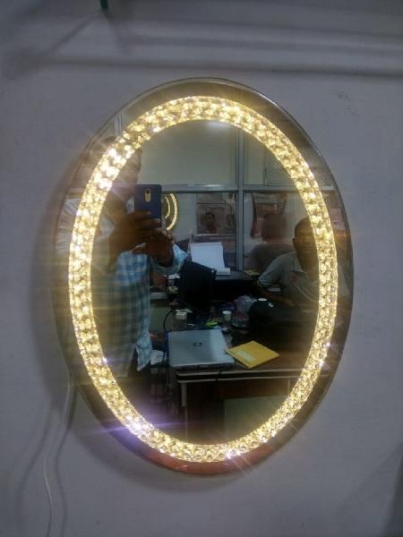 oval shape mirrors