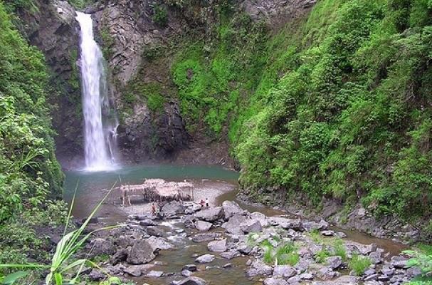 Kune Waterfall