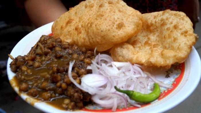 Best street food in delhi at night