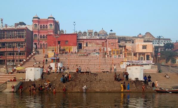 Varanasi Tourist Places to Visit-Kedar Ghat