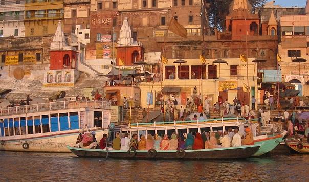 10 Famous Varanasi Tourist Places to Visit