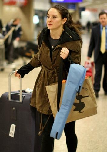Shailene Woodley without makeup5