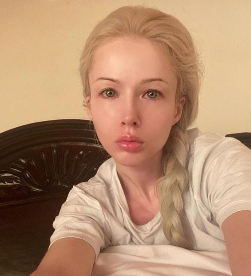 Valeria Lukyanova Without Makeup 10