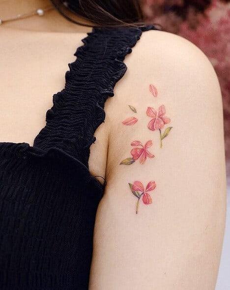 Flower Tattoo Design For Girls