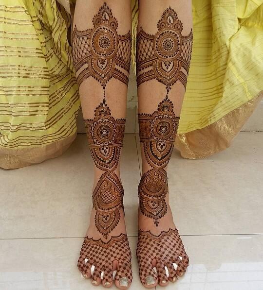 Arabic Full Leg Mehndi Design