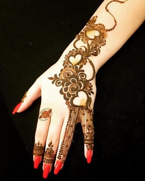Back-Hand Arabic Mehendi Design