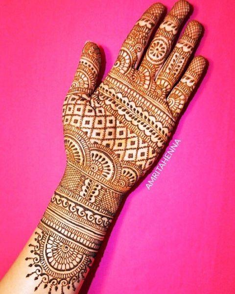 Simple Full Hand Arabic Design