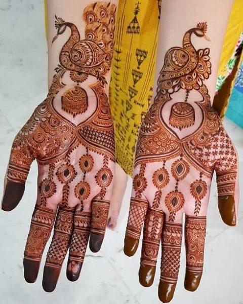 Amazing Arabic Mehndi Design