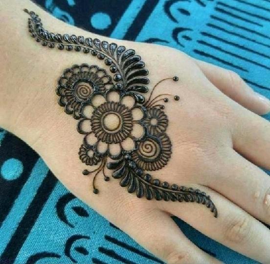 Tattoo Style arabic Mehndi Design