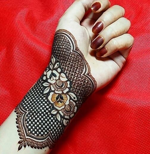 Modern Arabic Mehndi Design