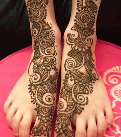 Arabic Mehndi Design for Feet