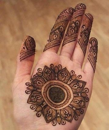 circular Mehndi Patterns
