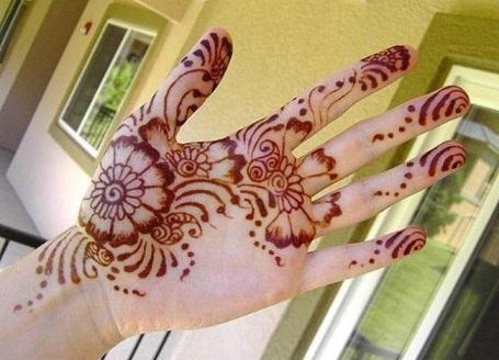 simple Mehndi Pattern