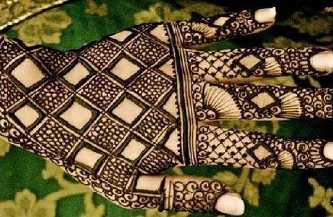 Geometrical Mehndi Design