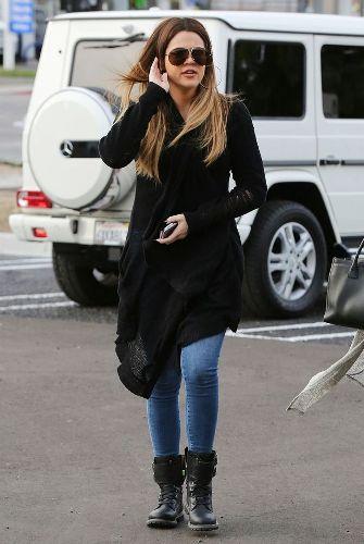 Khloe Kardashian without makeup 7
