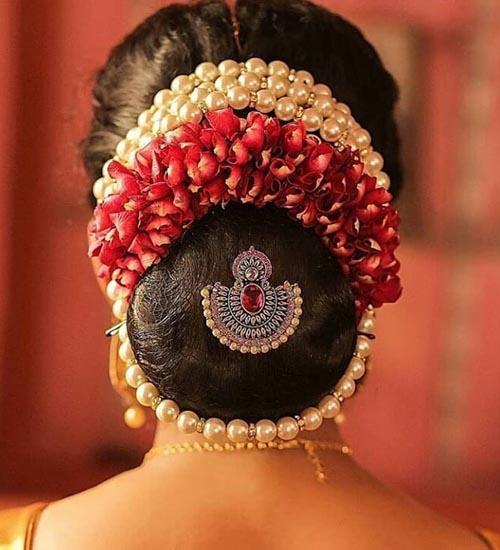 Gajra Hairstyles 10