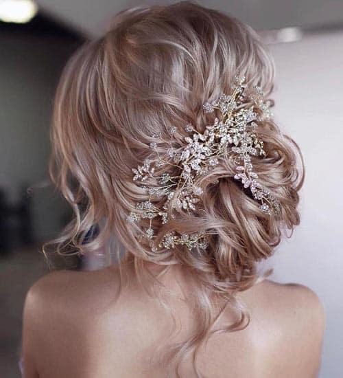 Messy Looking Wedding Hairdo