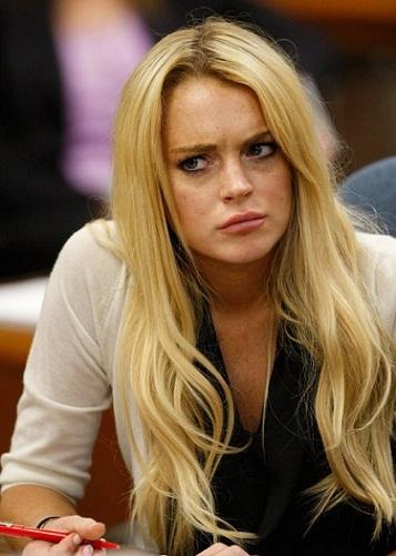 Lindsay Lohan without makeup3