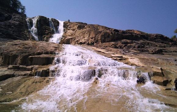 Kuntala Waterfall