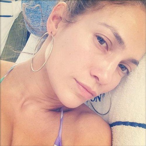 Jennifer Lopez without makeup 8