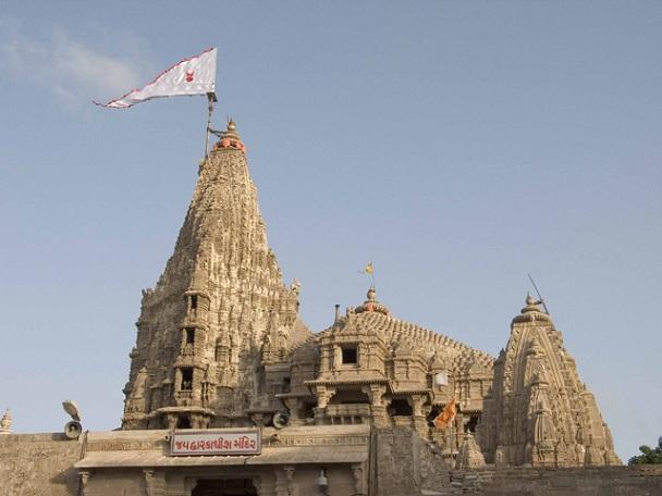 dwarakadheesh-temple_gujarat-tourist-places