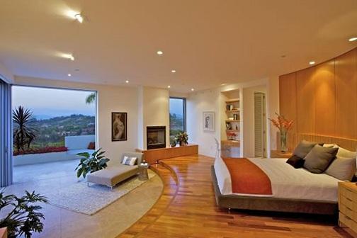 Open Balcony Luxury Bedrooms