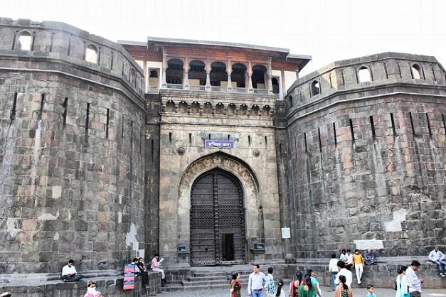 shaniwar-wada_pune-tourist-places
