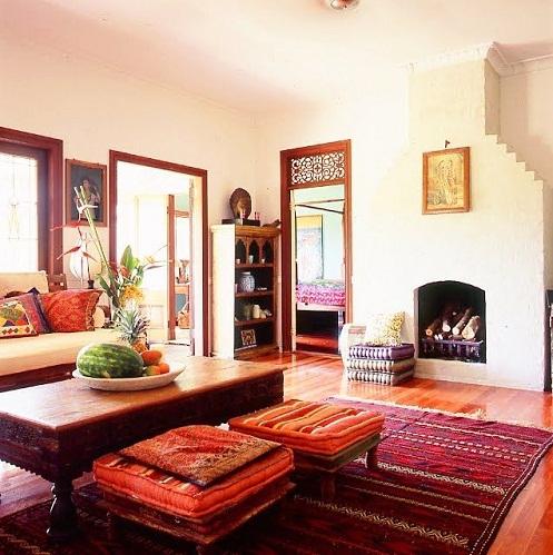 Conventional Living Room Décor