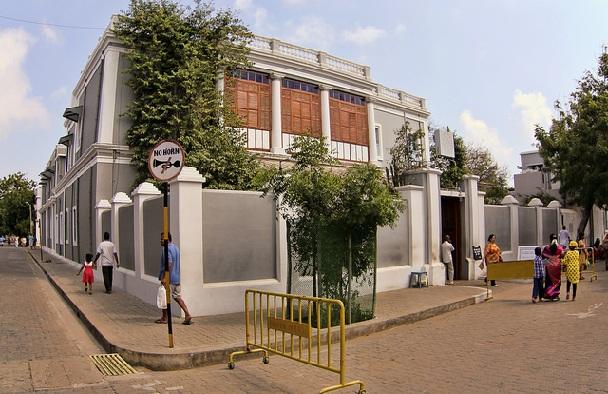 aurobindo-ashram_pondicherry-tourist-places