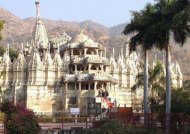 vimala-vasahi-temple_mount-abu-tourist-places
