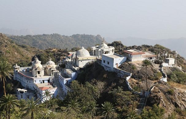 achalgarh-fort_mount-abu-tourist-places