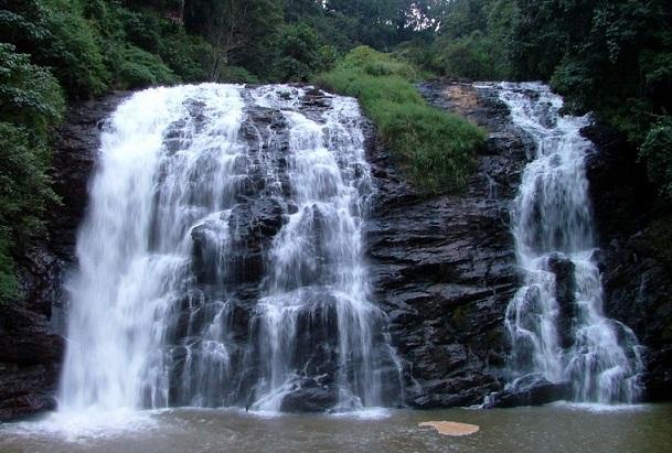 15 Incredible Waterfalls In Karnataka with Images