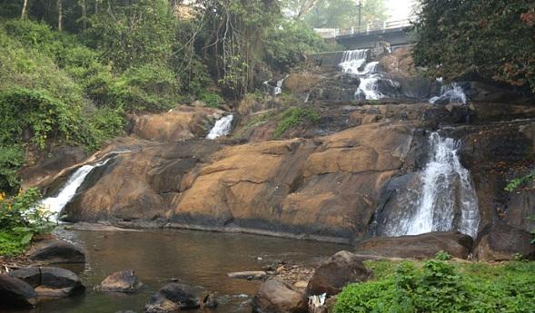 Aruvikuzh Falls
