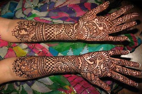 Intricate Designer Mehandi