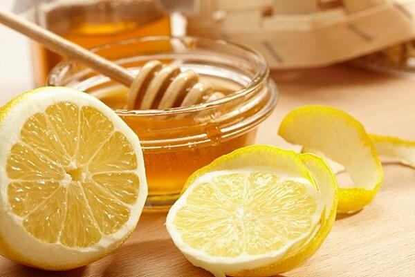 Lemon And Honey for Glowing Skin