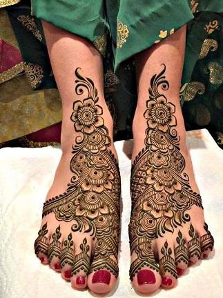 Dulhan Mehndi Design for Legs
