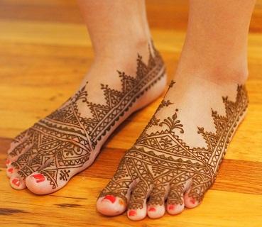 Moroccan Mehndi Design for Legs