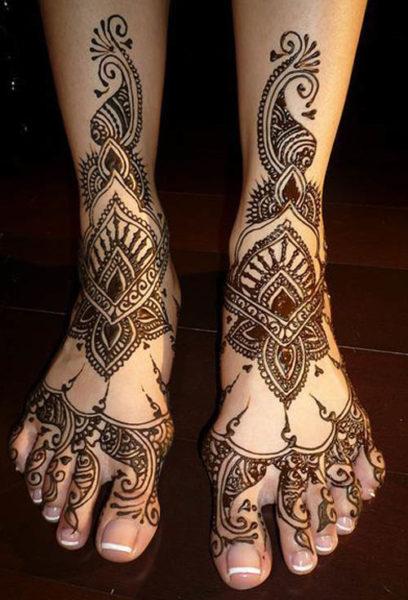Gujarati Leg Mehendi Design