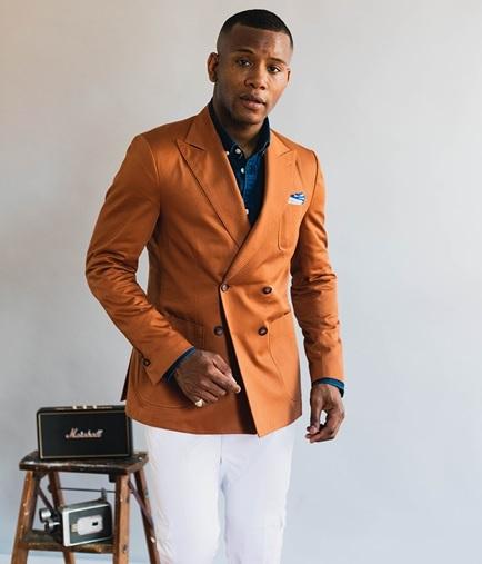 15 Sophisticated Orange Blazers for Men & Women in Fashion