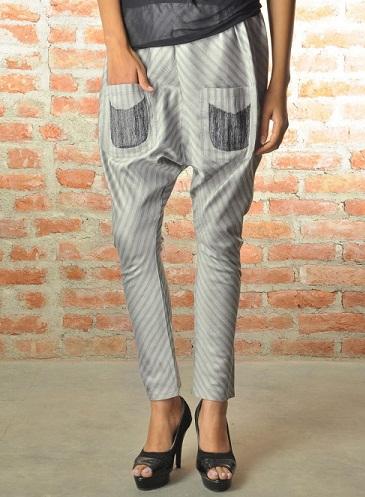 Front Pocketed Churidar Pant