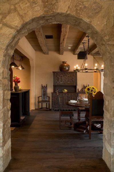 Mediterranean Dining Room Arch Design