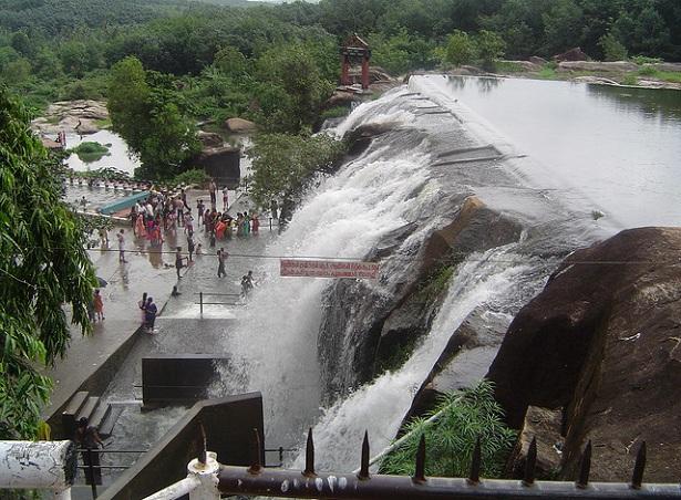thirparappu-falls_kanyakumari-tourist-places