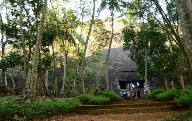 thirunanthikarai-cave-temple_kanyakumari-tourist-places