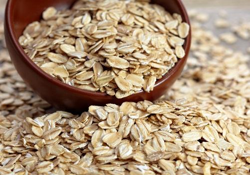 Homemade Beauty Tips for Face Whitening - Oatmeal + Sugar