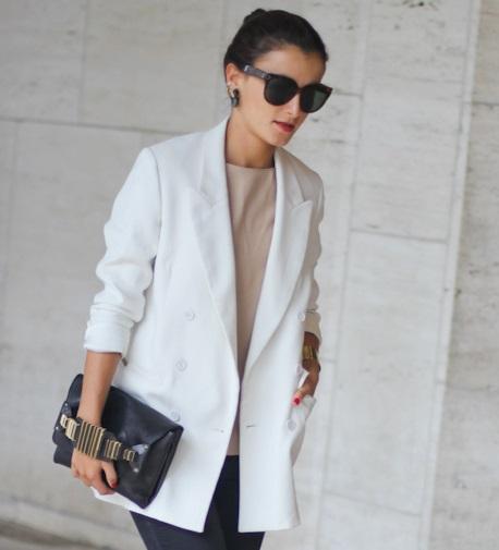 20 Stunning Models of White Blazers for Men and Women