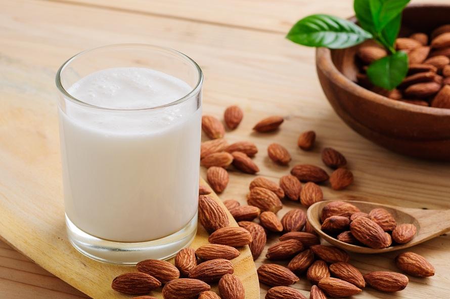 almond milk uses