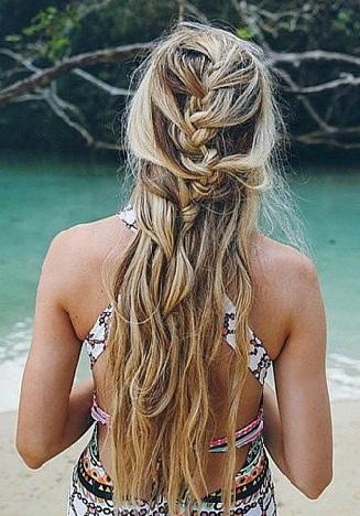 Beach Hairstyles 22